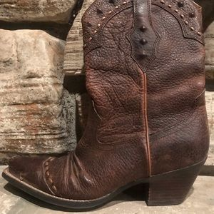 New Ariat sexy cowgirl boots! Size 8